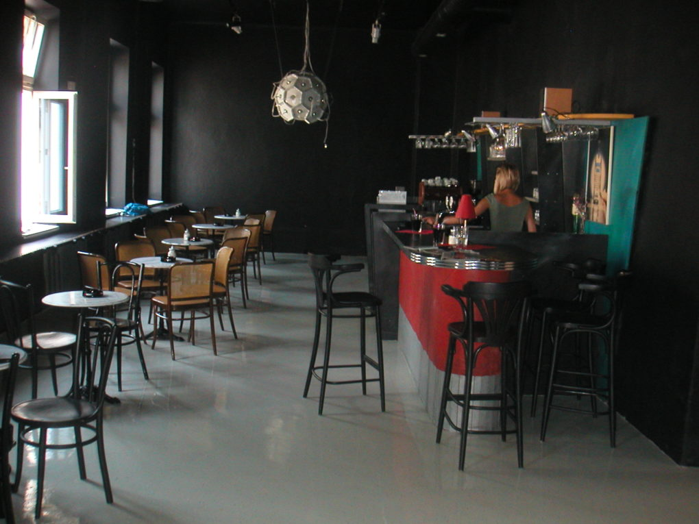 Kaviareň, Žilina - dizajnovepodlahy.sk