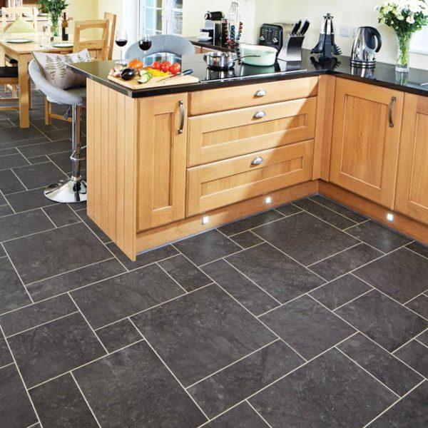 lm10_ashford_kitchen_ls1_cm_8_13