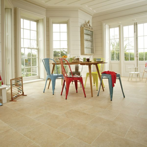st11_york-stone_rs_res_kitchen_image