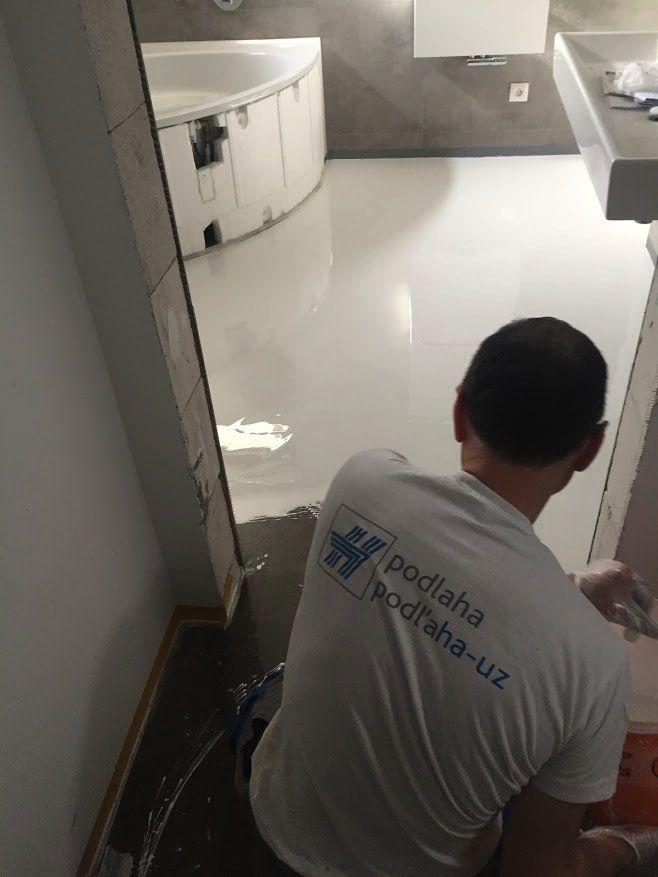Realizácia jednoliatej podlahy v kúpeľni